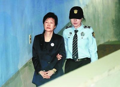 <快讯>韩国检方请求判处前总统朴槿惠30年徒刑