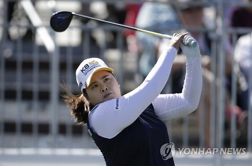 韩高球名将朴仁妃问鼎LPGA奠基人杯
