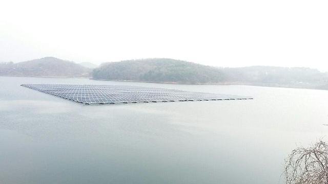 인천시, 강화군 길정저수지에 인천 최초 수상 태양광발전소 준공