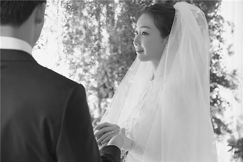 """""""姐姐我爱你!""""  """"姐弟恋"""" 在韩娱乐圈盛行"""