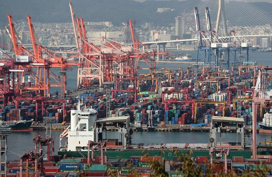 韩经济喜忧参半 出口消费增长、工业竞争指数被中国反超