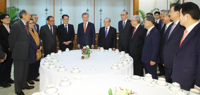 南北首脑会谈顾问团恳谈会在青瓦台举行