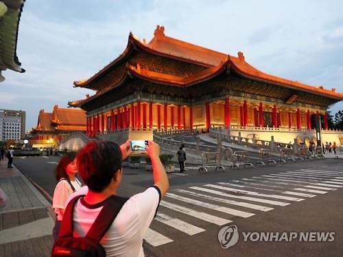 아시아 홍역 주의보 오키나와 이어 대만도 홍역 유행...관광업계 비상