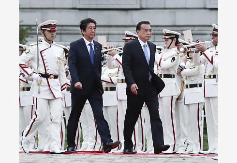아베, 8년만에 日 방문한 중국 총리에 국빈급 대접