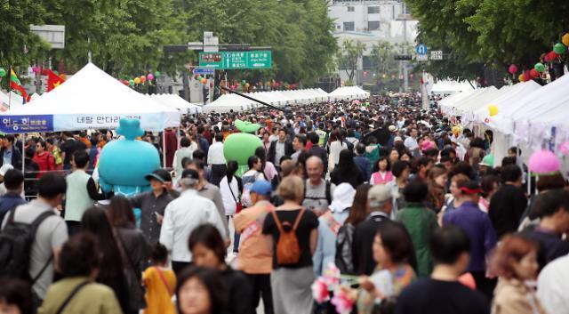 佛诞日即将到来 曹溪寺举行盛大传统文化活动