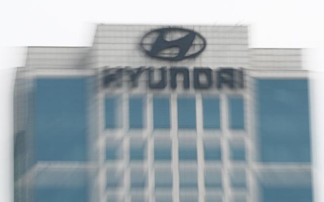 Hyundai auto group accuses U.S. proxy adver ISS of misleading market