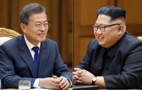 """외신 """"남북 정상회담에서 北 대화 의지 확인""""..비핵화 의지에 초점"""