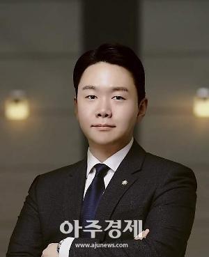 [안진우 변호사의 리걸테크 바로알기①] 4차산업혁명 시대, 법에게 묻다