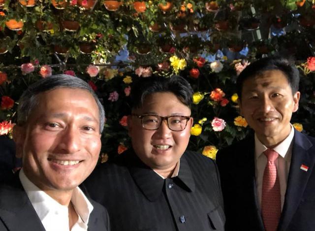 [AJU VIDEO] 金正恩夜游新加坡 自拍!粉丝福利!一个都不能少