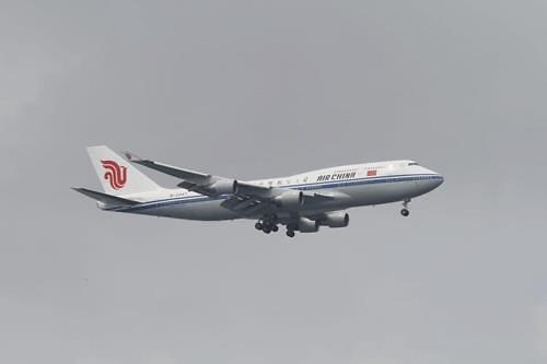 金正恩利用的中国专机从北京飞往新加坡
