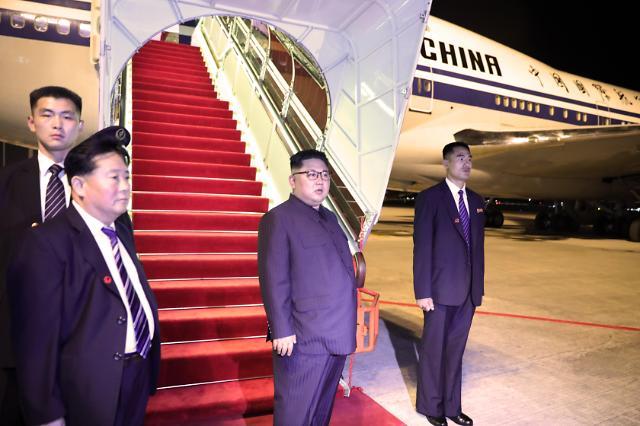 中国领导人专机飞抵北京 无法确定金正恩是否搭乘