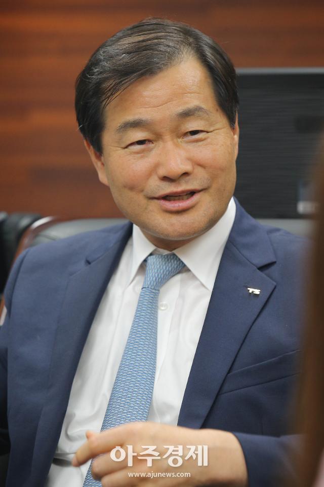 [아주초대석] 권병윤 한국교통안전공단 이사장, 국토부 도로국장·교통물류실장 역임한 교통 전문가