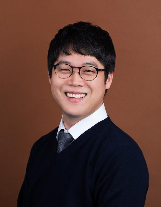 """[아주초대석] 김정욱 한국법조인협회장 """"청년 변호사 대표 단체로 거듭날 것"""""""