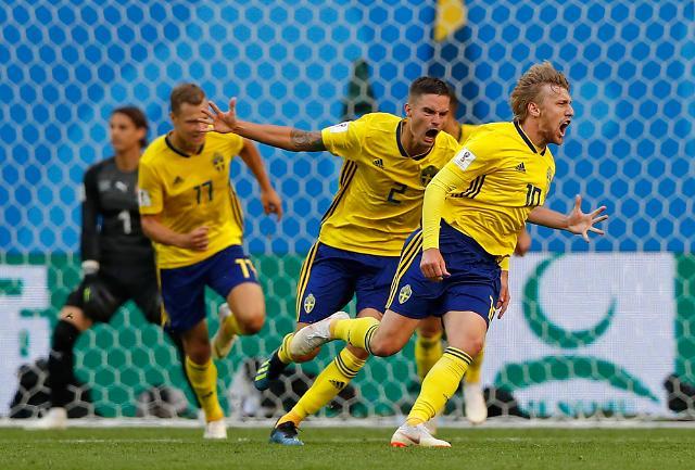[포토] 스웨덴, 스위스 꺾고 24년 만에 8강 진출