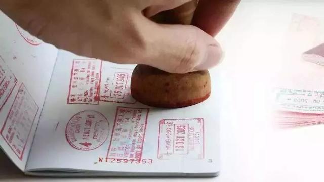 [상반기 결산] 해외로 떠나는 중국인 vs 중국을 찾는 외국인