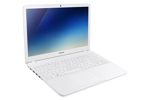 Samsung to release laptop featuring Intels new memory technology next month