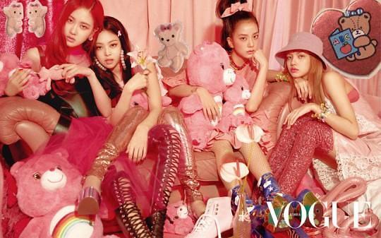 """""""今天BLACKPINK是粉色的"""" 成员如洋娃娃般美貌吸睛"""
