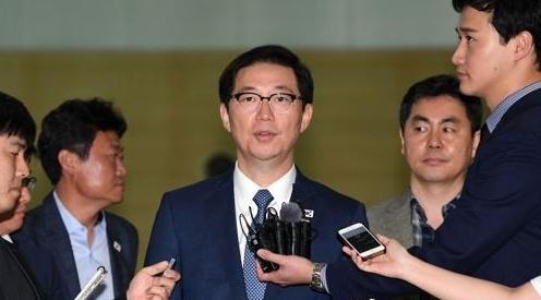 韩统一副部长访朝查看离散家属会面场所