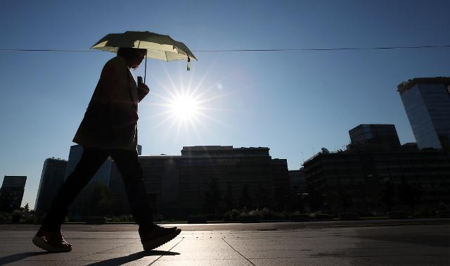 N. Korea fights heat wave and drought to save crops: Yonhap