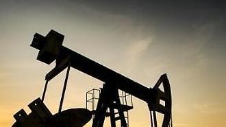 Giá dầu thế giới giảm mạnh ... WTI giảm 3,2%