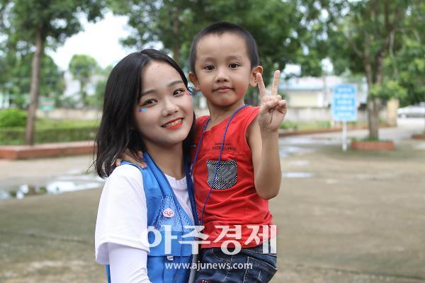 성남시청소년재단 베트남 꽝로이 초교 지구촌 문화의집 20호 설치