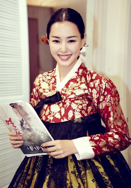 韩演员李哈妮签约好莱坞经纪公司