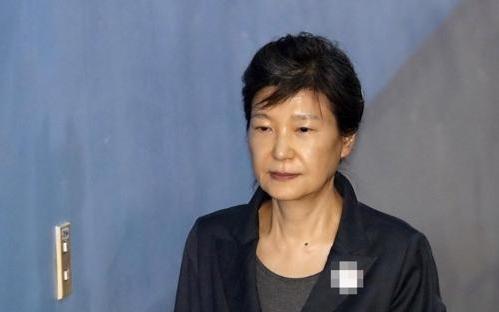 朴槿惠亲信干政案二审加刑至25年