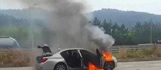 宝马频繁起火又怎样 照样登顶韩国进口车销量榜