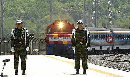 韩朝铁路连接区段检查作业 遭美国阻挡被搁置