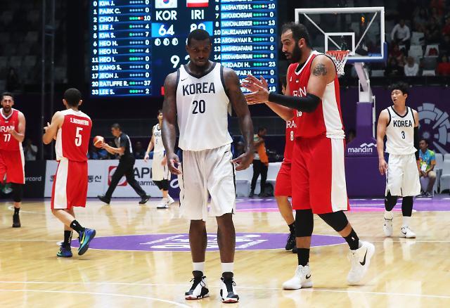 [아시안게임] 라건아로 넘지 못한 하다디…한국 농구, 이란에 완패 '2연패 좌절'