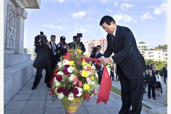 [중국포토] 북한 방문 리잔수, 북·중 친선 상징 중조우의탑 찾아