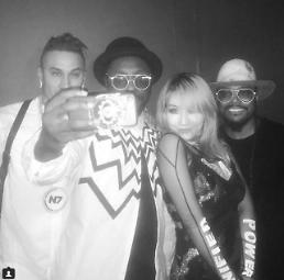 .Hip hop trio Black Eyed Peas to feature S. Korean singer CL in new album.