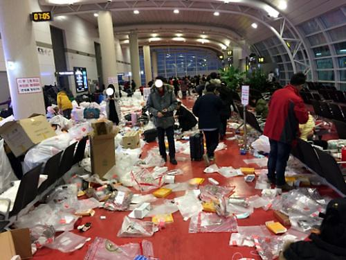 中国游客的失当 该由谁处理?