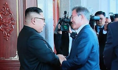 朝媒次日报道文金会消息