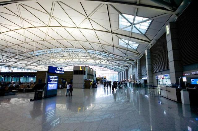 仁川机场明年将开入境大厅免税店试点