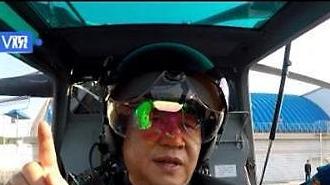 [중국포토] 헬맷 쓰고 무장헬기 탑승한 시진핑