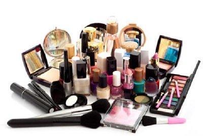 统计:网购化妆品虽省钱,消费者仍更青睐线下商店