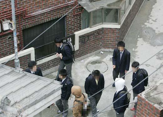 韩近5年青少年罪犯40万人 日均218人被捕