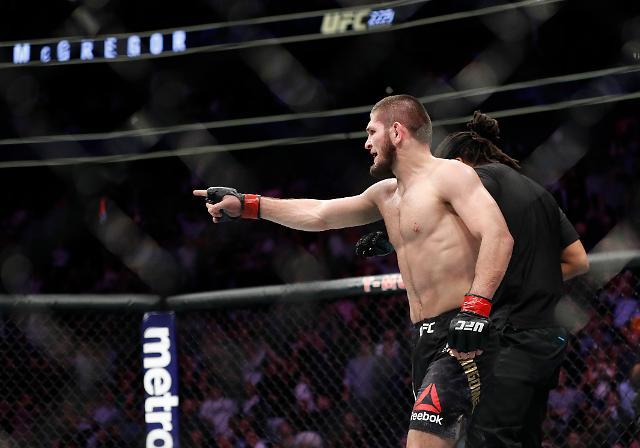 하빕, UFC 라이트급 1차방어 성공, 다음 상대 누구?  퍼거슨 vs 맥그리거 vs 생피에르?