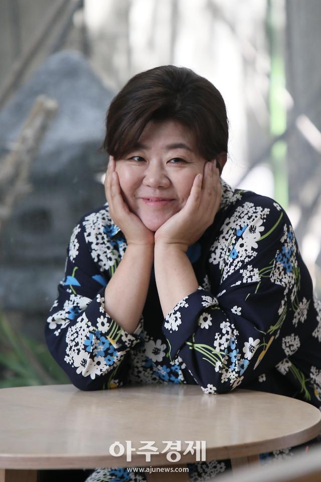 """이정은 """"미스터 션샤인 함안댁 사투리 연기, 대본대로만 연기해도 어렵지 않았다"""" (인터뷰①)"""
