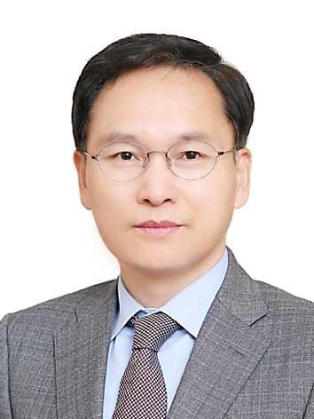 [임병식 칼럼] 고립, 도태를 지나 소멸로 가는 한국당