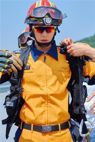 朴海镇接受消防员杂志采访吁国民关注和支持