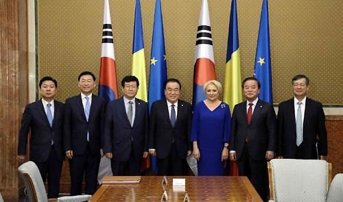 韩国国会议长出访罗马尼亚