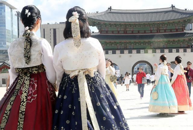 """""""让韩服成为日常,让日常充满韩服"""" 首届韩服文化周开幕"""