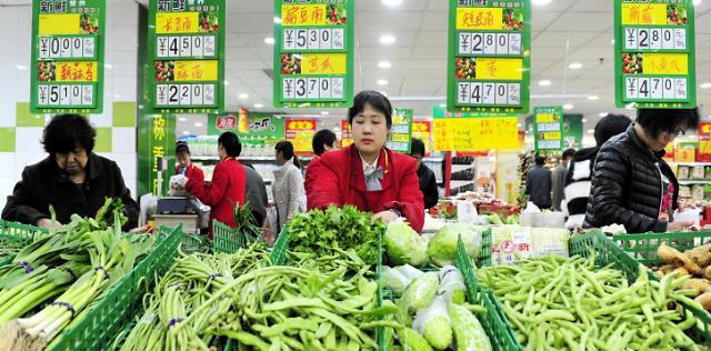 무역전쟁에 인플레 우려까지, 9월 중국 소비자물가 2.5% 상승