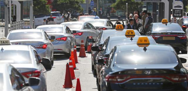 韩国出租车业界今举行大规模罢工