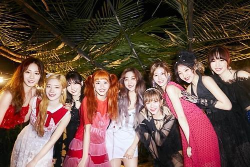 TWICE下月回归韩国歌坛 明年在日办巡演