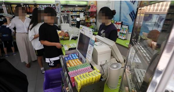 """韩国便利店彩票销售权或将被收回 买彩票只能到""""专卖店"""""""