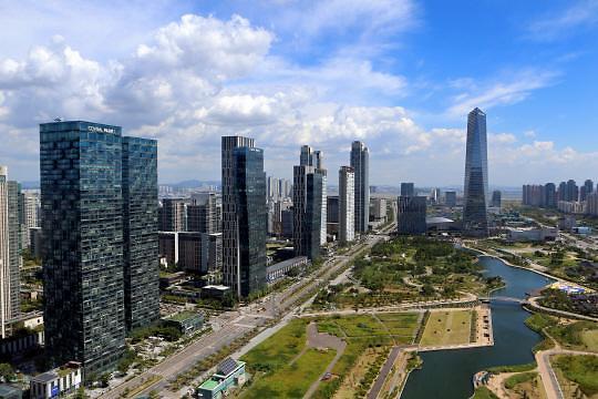 """仁川松岛等三地同成""""国际城市"""" 被质疑空有虚名"""