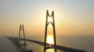 강주아오 대교 개통 홍콩~마카오 30분이면 간다…요금은?